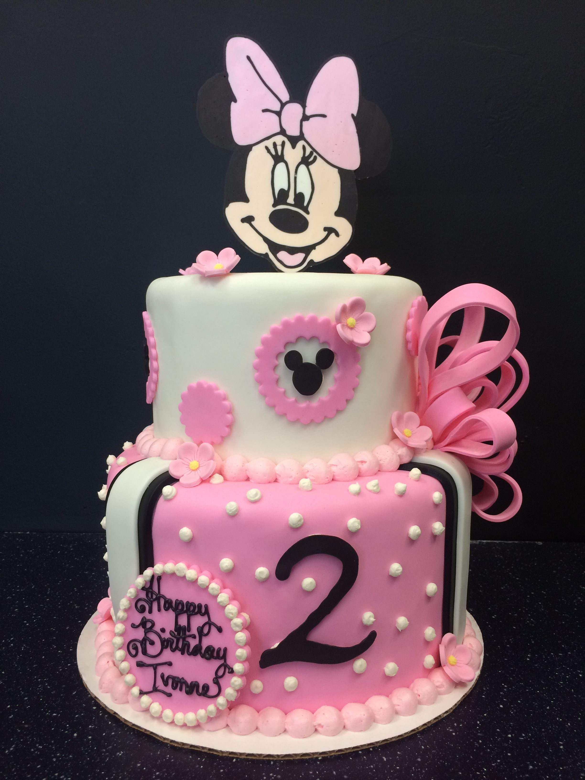 "2 tier: 6"" / 8"" minnie mouse cake"