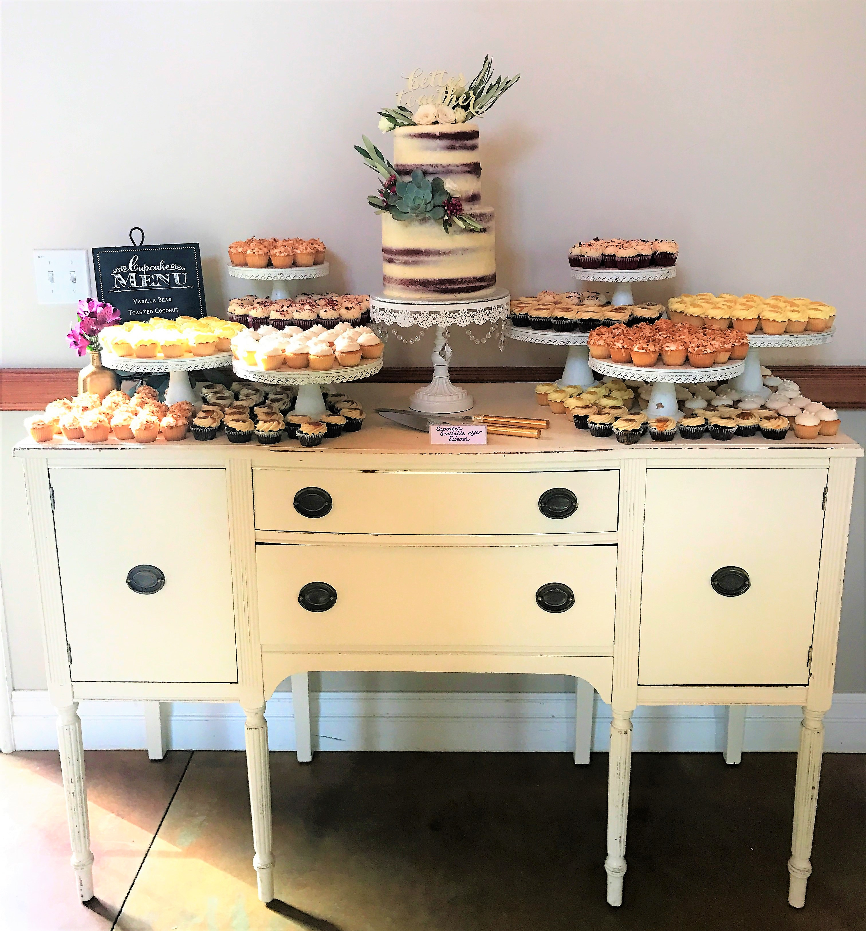 300 mini cupcakes, 2 tier partially naked cutting cake