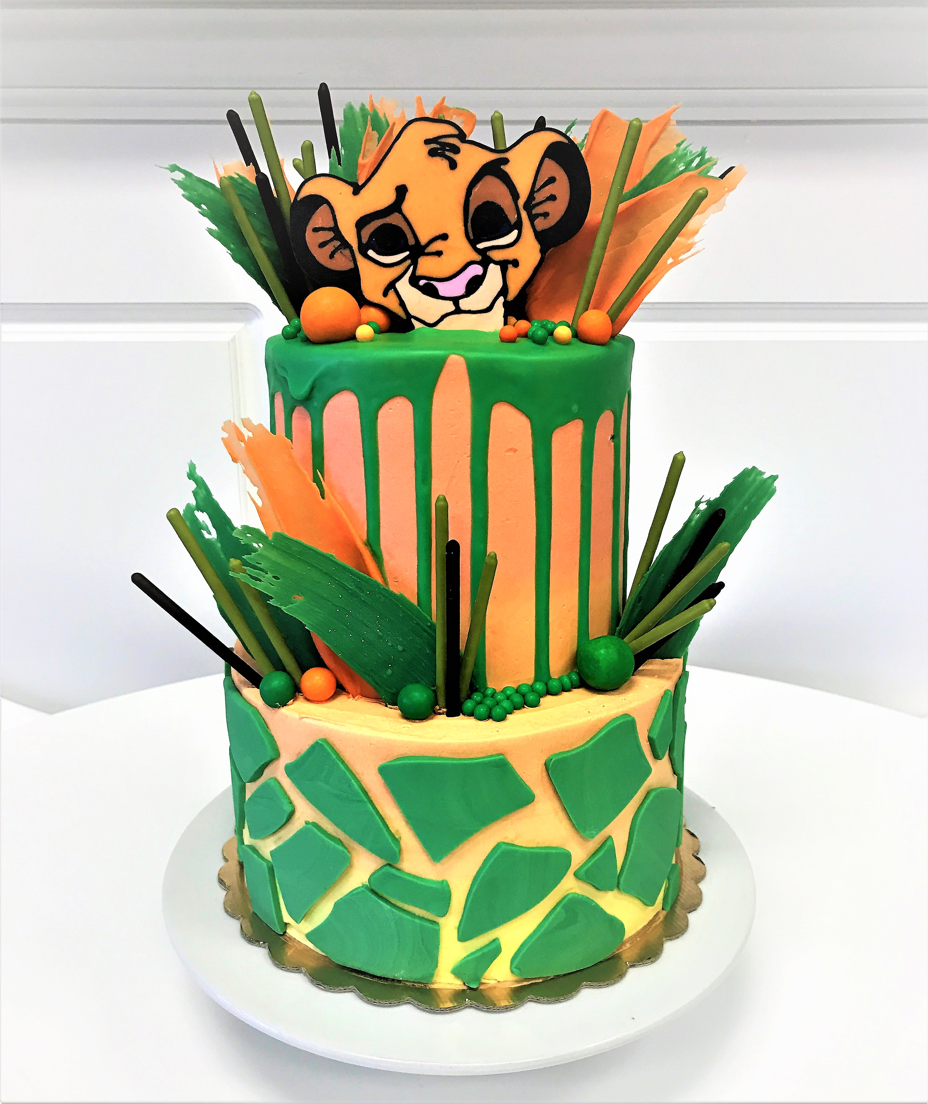"""2 tier: 6"""" / 8"""" lion king baby shower"""